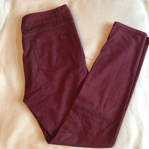 Wit & Wisdom burgundy pants